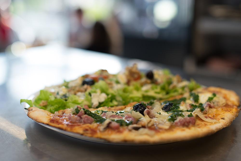 pizza campus restaurant pizz ria saint martin d 39 h res. Black Bedroom Furniture Sets. Home Design Ideas